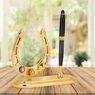 Figurka z długopisem podkowa z kryształami Swarovskiego Grawer  4